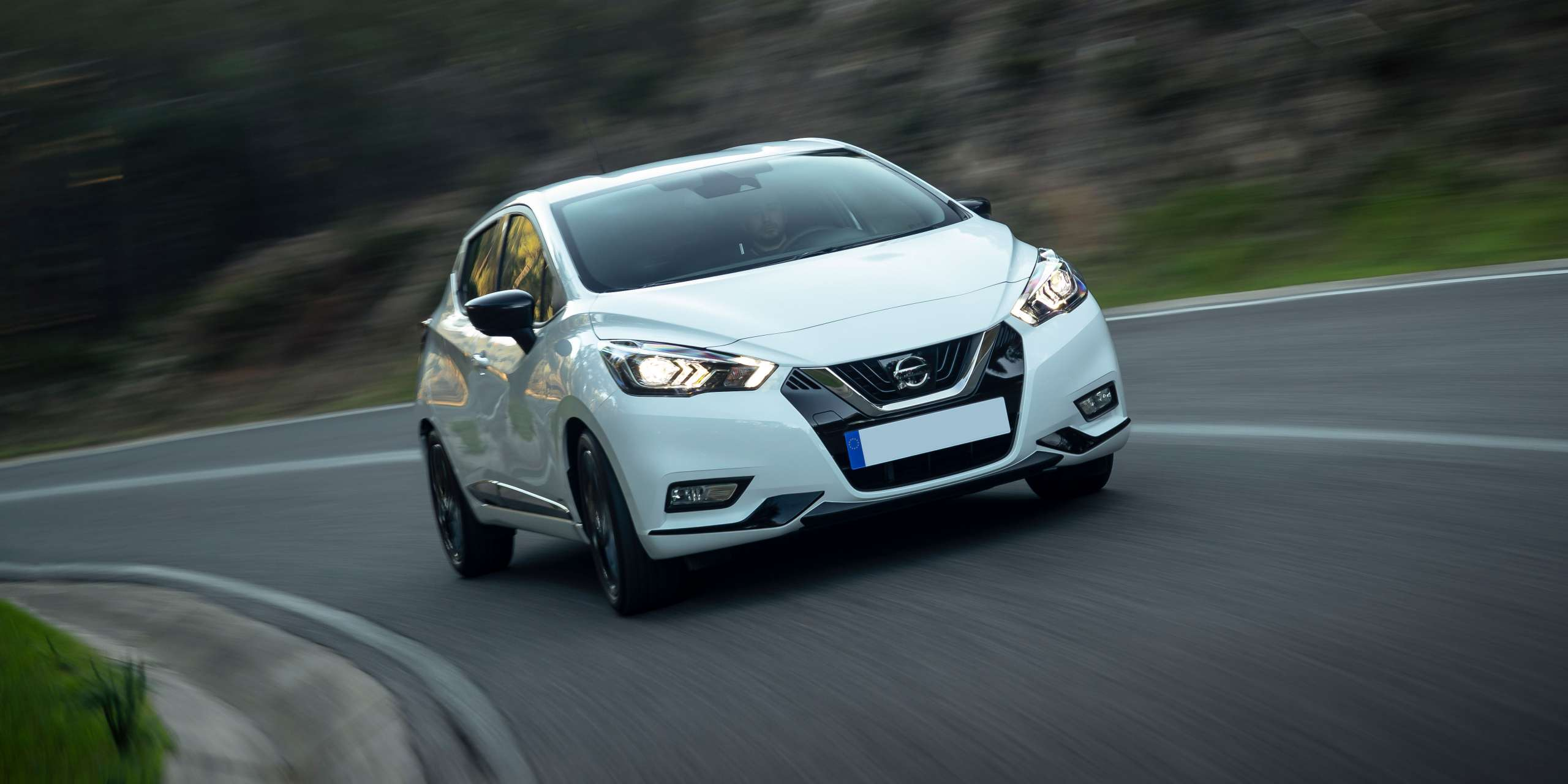 Micra-driving-front